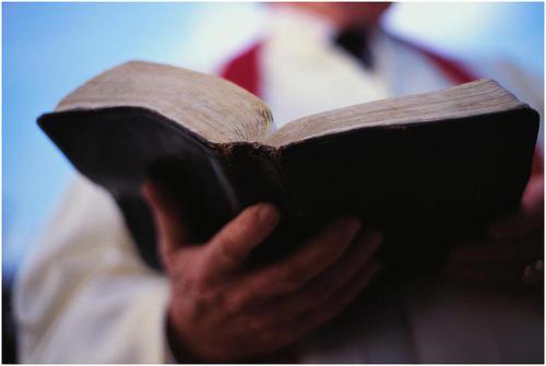 preacher_bible_medium.jpg (500x335)px