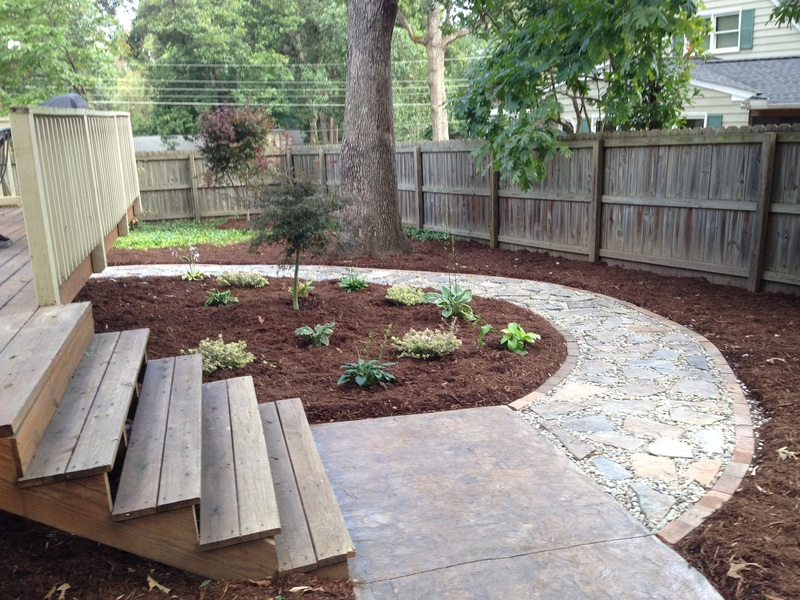 Bristow landscaping serving wake forest raleigh for Landscaping rocks wake forest nc