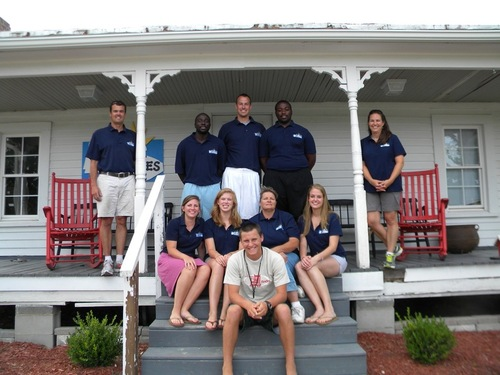 summerstaff2011_medium.JPG (500x375)px