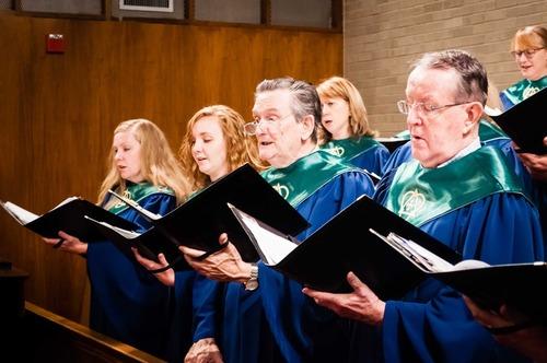 Choir-6LR_medium.jpg (500x332)px